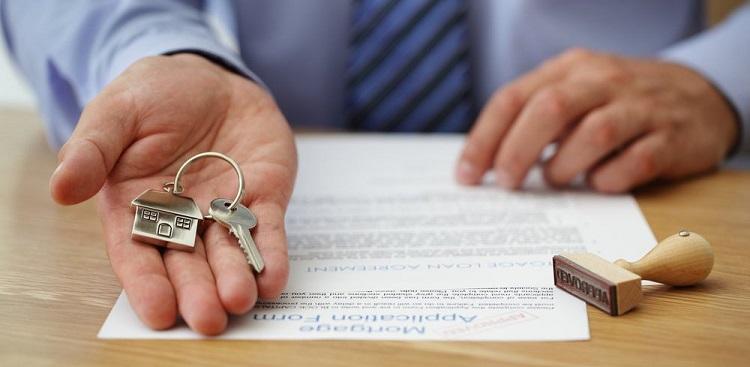 Сотрудник банка одобрил кредит на жилье